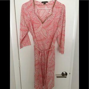 """Tommy Bahama dress like new """" 🌴"""